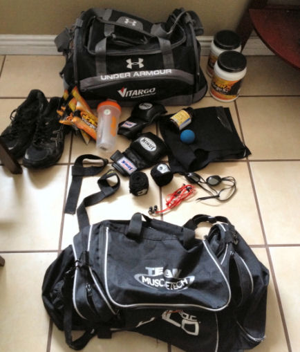 whats in your bag, whats in your gym bag?